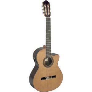 Paco Castillo guitarra clasica amplificada 224CE